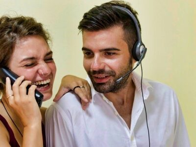 Call Center Network Boys Woman Man  - nicolagiordano / Pixabay
