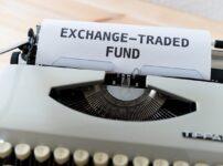 Mockup Typewriter Word Money  - viarami / Pixabay