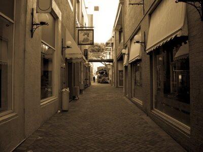 Cobblestone Old Cobblestone Street  - easterjv / Pixabay