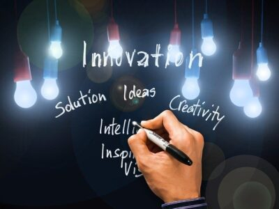 Innovation Solution Vision Hand  - geralt / Pixabay
