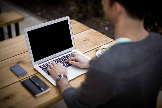 Blogging Blogger Office Business - Free-Photos / Pixabay
