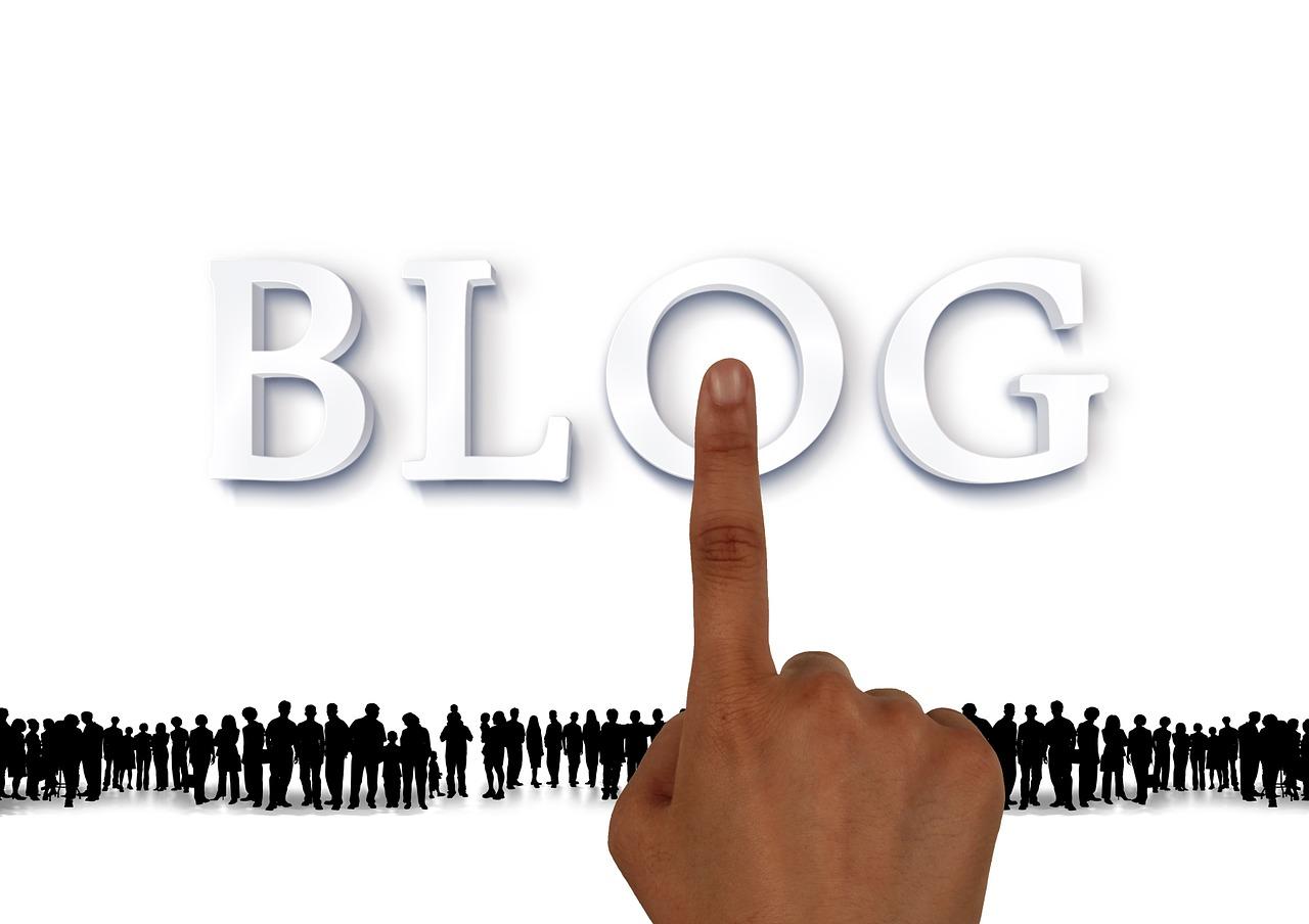 Blog Blogging Touch Hand Fingers - geralt / Pixabay
