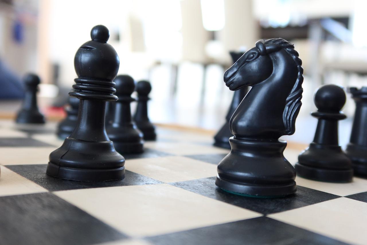 Chess Game Strategy Think - Peterzikas / Pixabay
