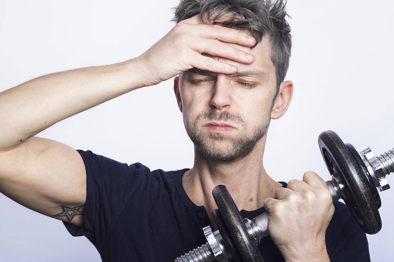 Man Training Lazy Tired Fitness - Sammy-Williams / Pixabay